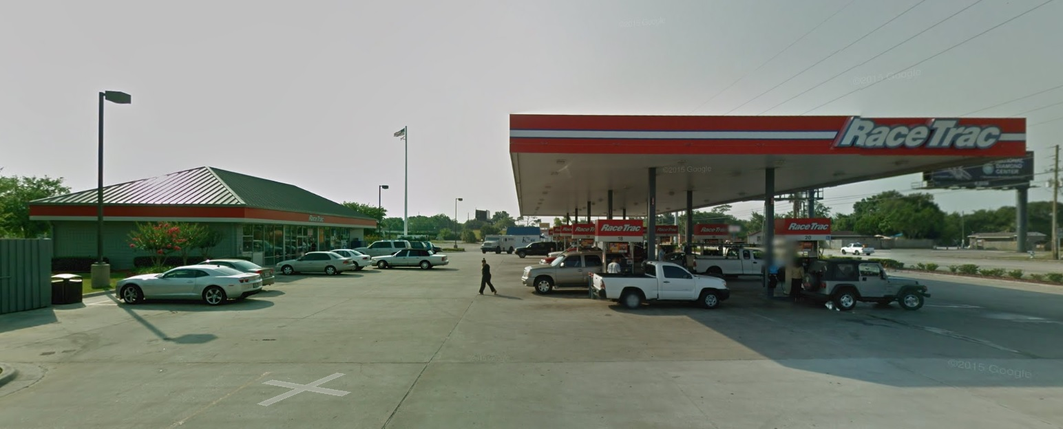 Racetrac gas station, Edgewater Drive, Google Street View