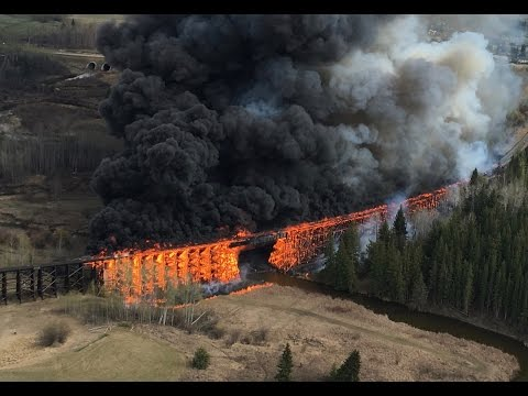 The CN trestle bridge ablaze, PipistrelCanada/Youtube