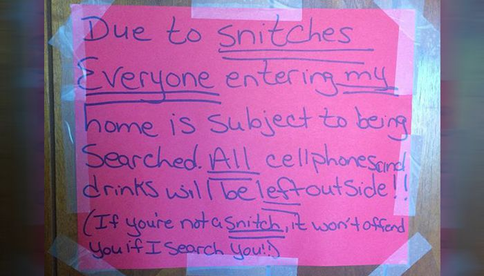 Snitches Sign