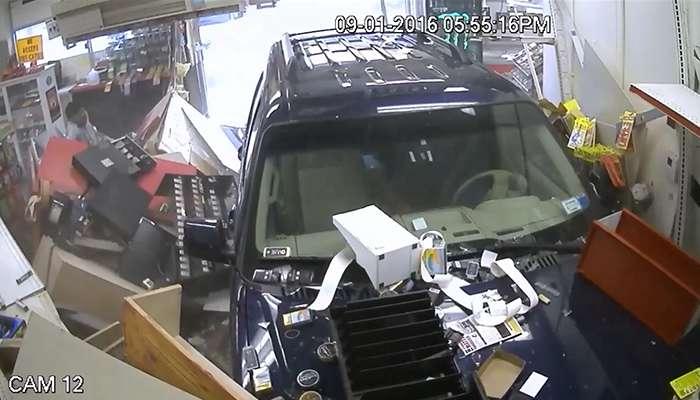Clinton Shell Gas station SUV crash
